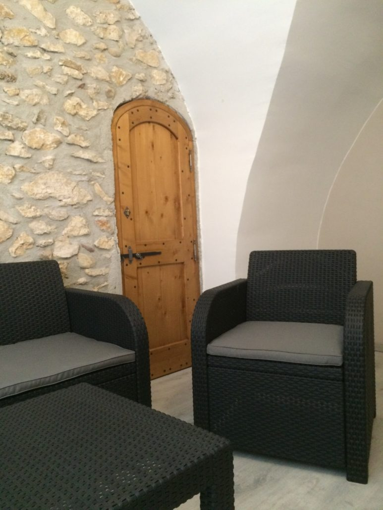 porte int rieure pont saint esprit menuiserie mpo. Black Bedroom Furniture Sets. Home Design Ideas